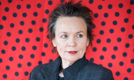 https://static-secure.guim.co.uk/sys-images/Arts/Arts_/Pictures/2013/2/13/1360776762760/Laurie-Anderson-010.jpg