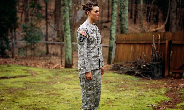 Wearing-army-uniform-for--011.jpg