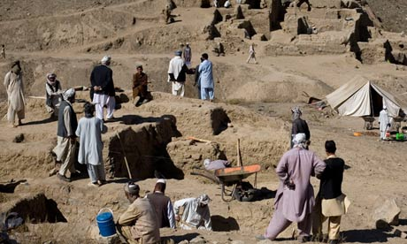 Mes Aynak: Afghanistan's Buddhist buried treasure faces destruction