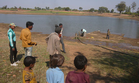 Water-hungry Indian villagers find new reservoirs of solidarity