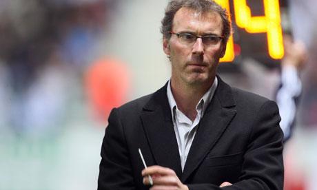 Pelatih Asal Prancis Perpanjang Kontrak Dengan PSG Hingga 2018