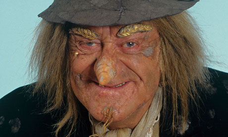 https://static-secure.guim.co.uk/sys-images/Guardian/About/General/2012/2/6/1328549123386/Worzel-Gummidge-as-played-007.jpg