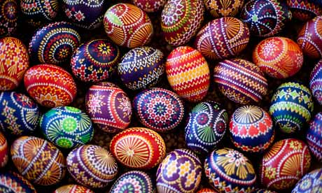 https://static-secure.guim.co.uk/sys-images/Guardian/About/General/2012/4/5/1333622377194/Traditional-Easter-eggs-008.jpg