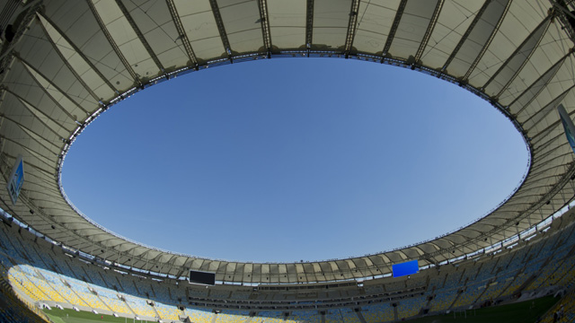 Brazil v England friendly gets green light after Maracanã safety fears - video | Football | SNTV