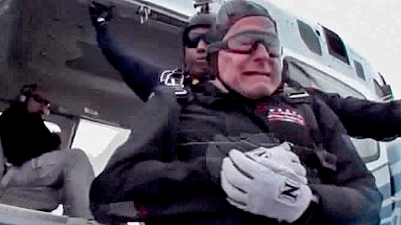 George Bush Sr Celebrates 90th Birthday With Skydive