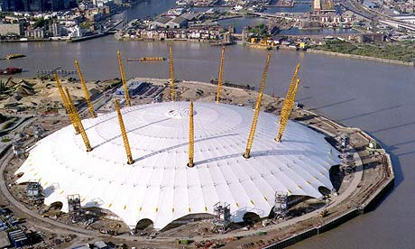 [IMG]https://static-secure.guim.co.uk/sys-images/Guardian/Pix/pictures/2010/7/4/1278240127127/The-O2-arena-in-Greenwich-006.jpg[/IMG]