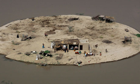 pakistan floods are a slow motion tsunami   ban ki moon