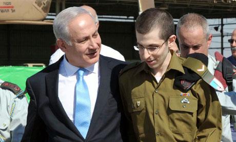 الله لن يغير قانون الطبيعه البقاء للأقوي ويبيد إسرائيل من أجل أمه تقتل نفسها بنفسها