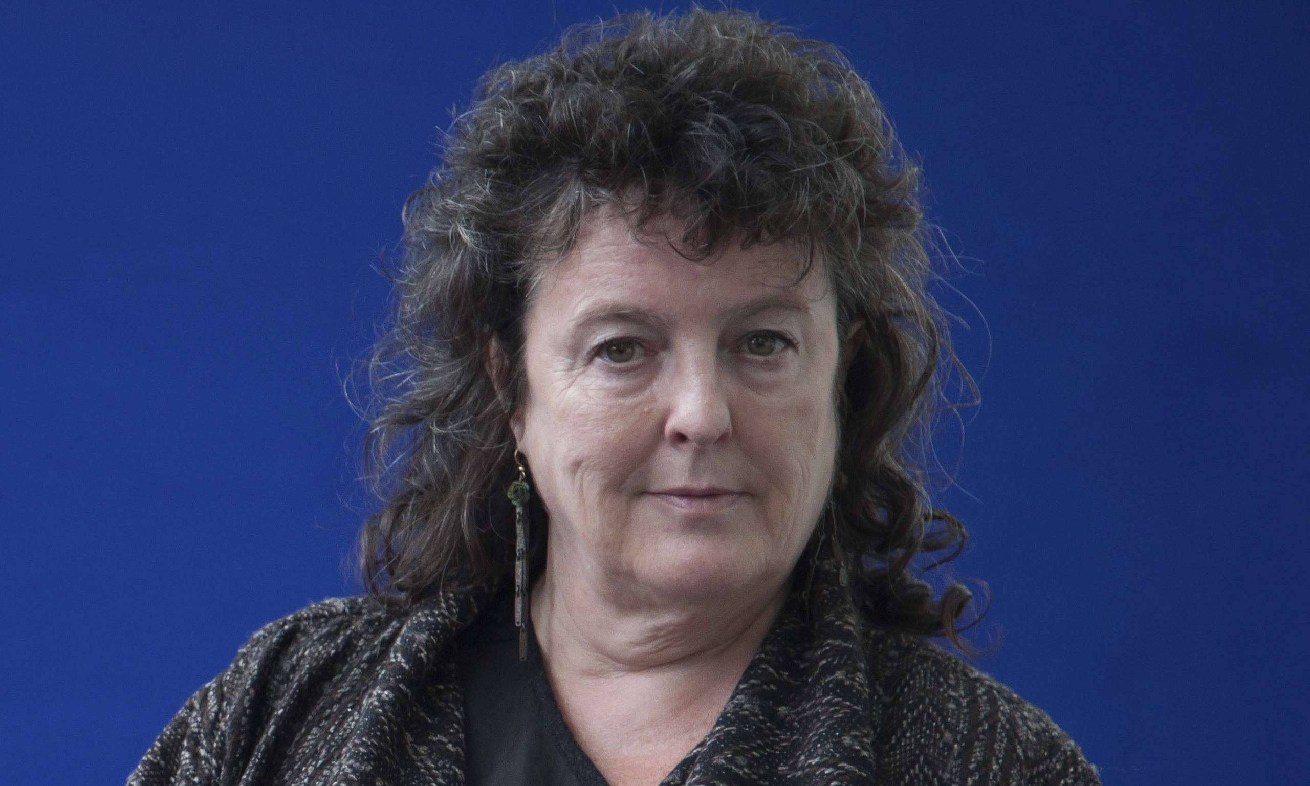 carol ann duffy wintering Phone has emotion, missing them, lifeline, don't want to ring, replaces person.