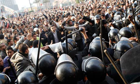Egyptian police 'killed almost 900 protesters in 2011 in Cairo'