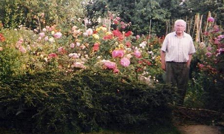 Gardener, 104, takes to Twitter to share horticultural tips