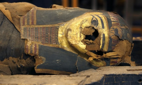 2,500-year-old Egyptian mummy removed from coffin