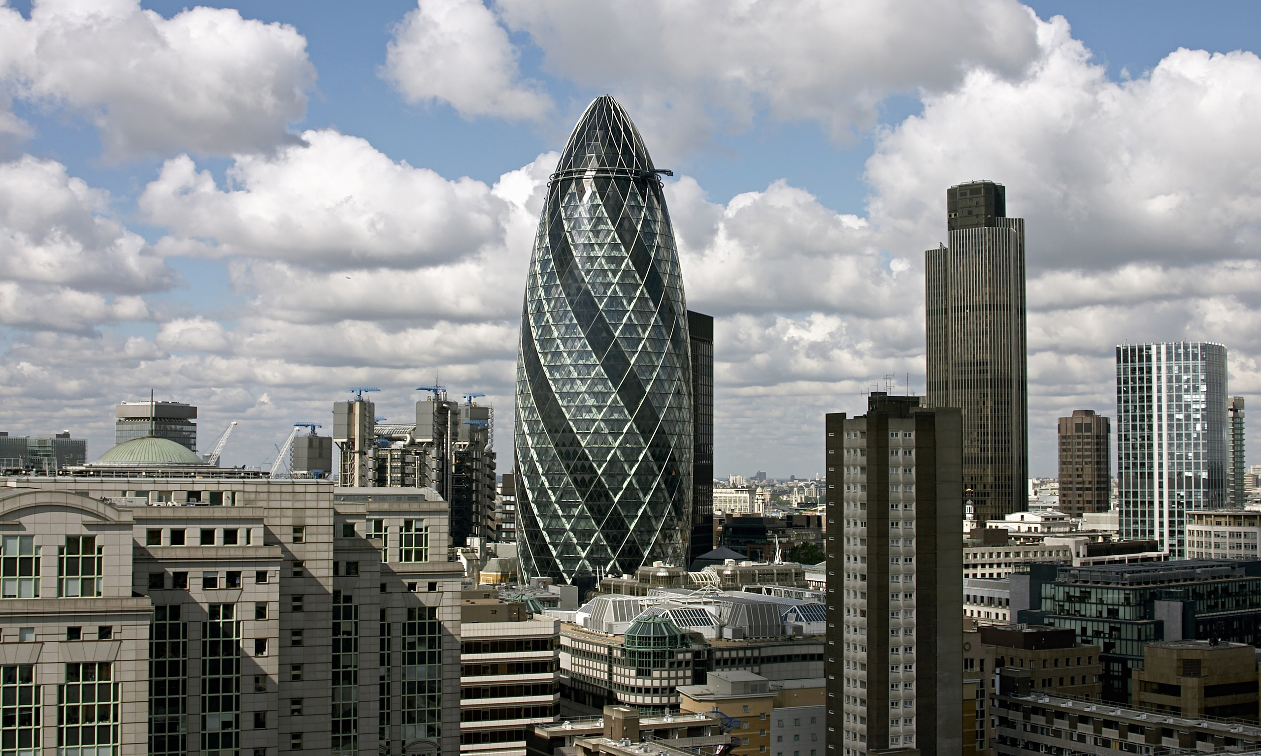 Does London S Financial Centre Boost Or Harm The Uk