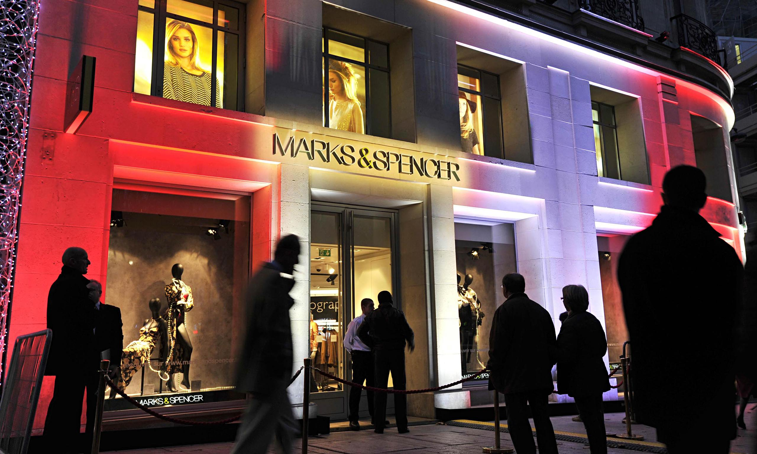 Marks spencer spearheads european push with 39 little bit for Adresse mark and spencer paris