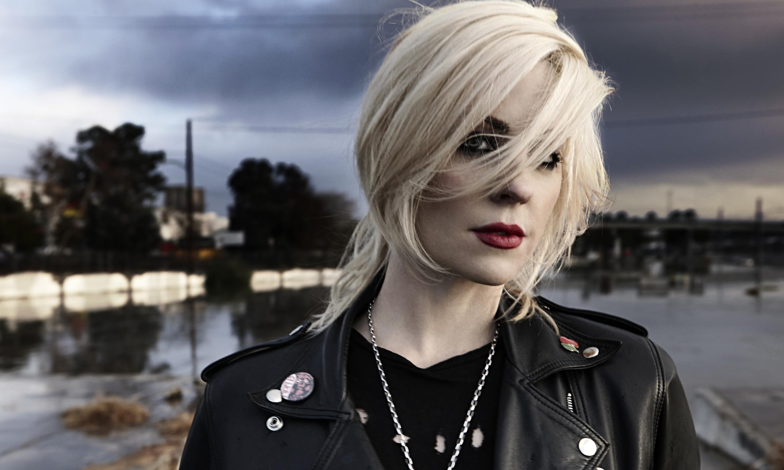 brody dalle interview 39 i 39 m not going to be held down 39 music the guardian. Black Bedroom Furniture Sets. Home Design Ideas
