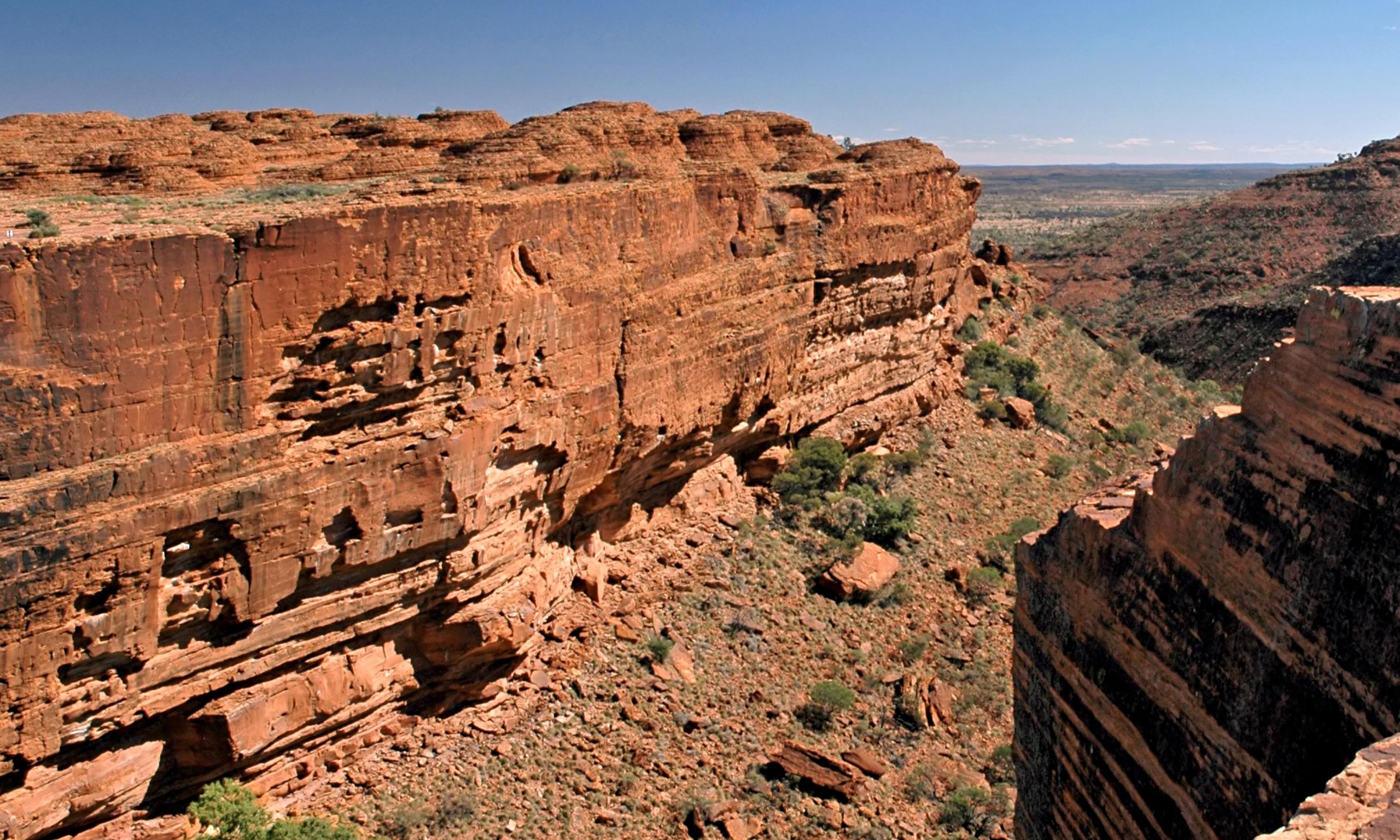 Kings Canyon Australia  city photos : Briton dies in Australian canyon fall | Australia news | The Guardian