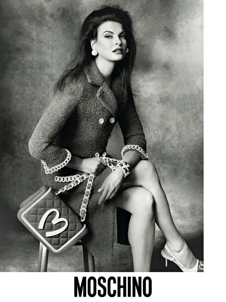Linda Evangelista for Moschino – stylewatch | Fashion ... Linda Evangelista Moschino