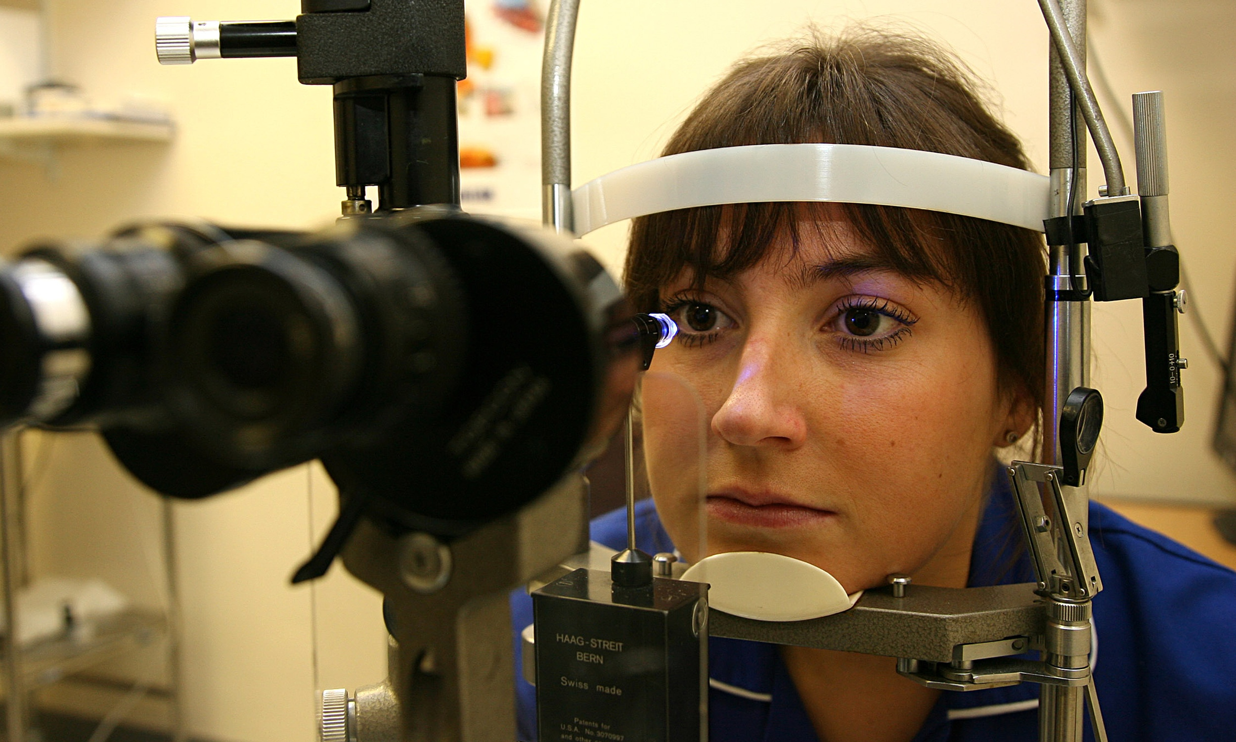 Eye tests could detect early Alzheimer's