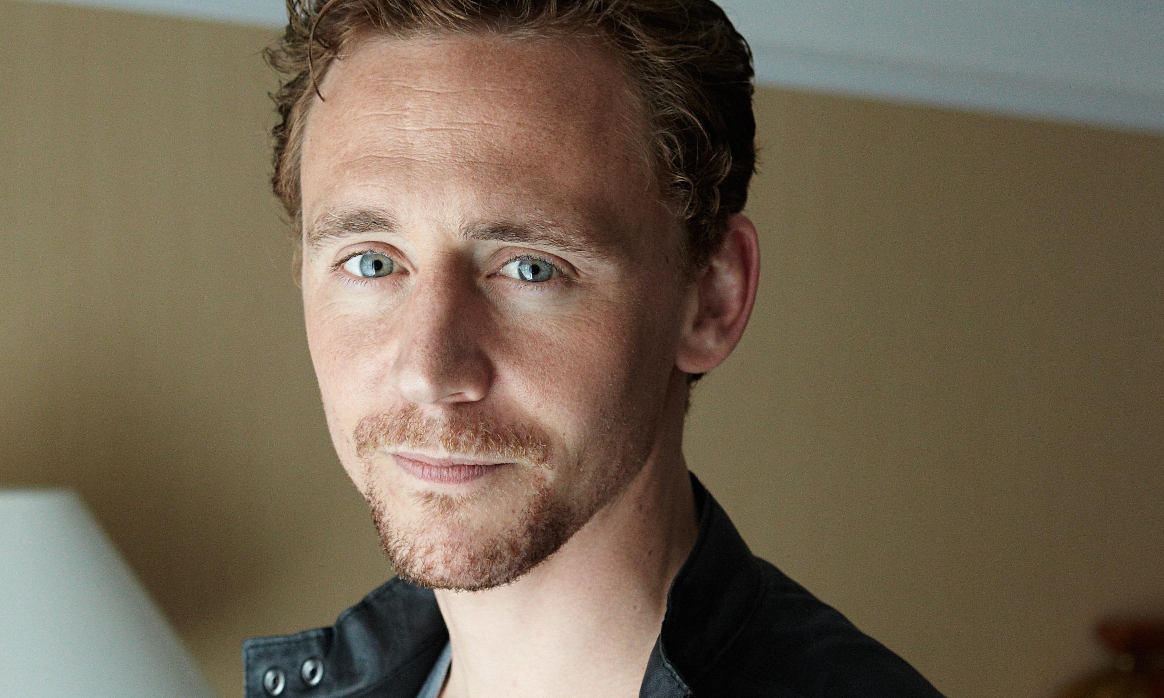Tom Hiddleston Girlfriend 2014 2048 Tom Hiddleston