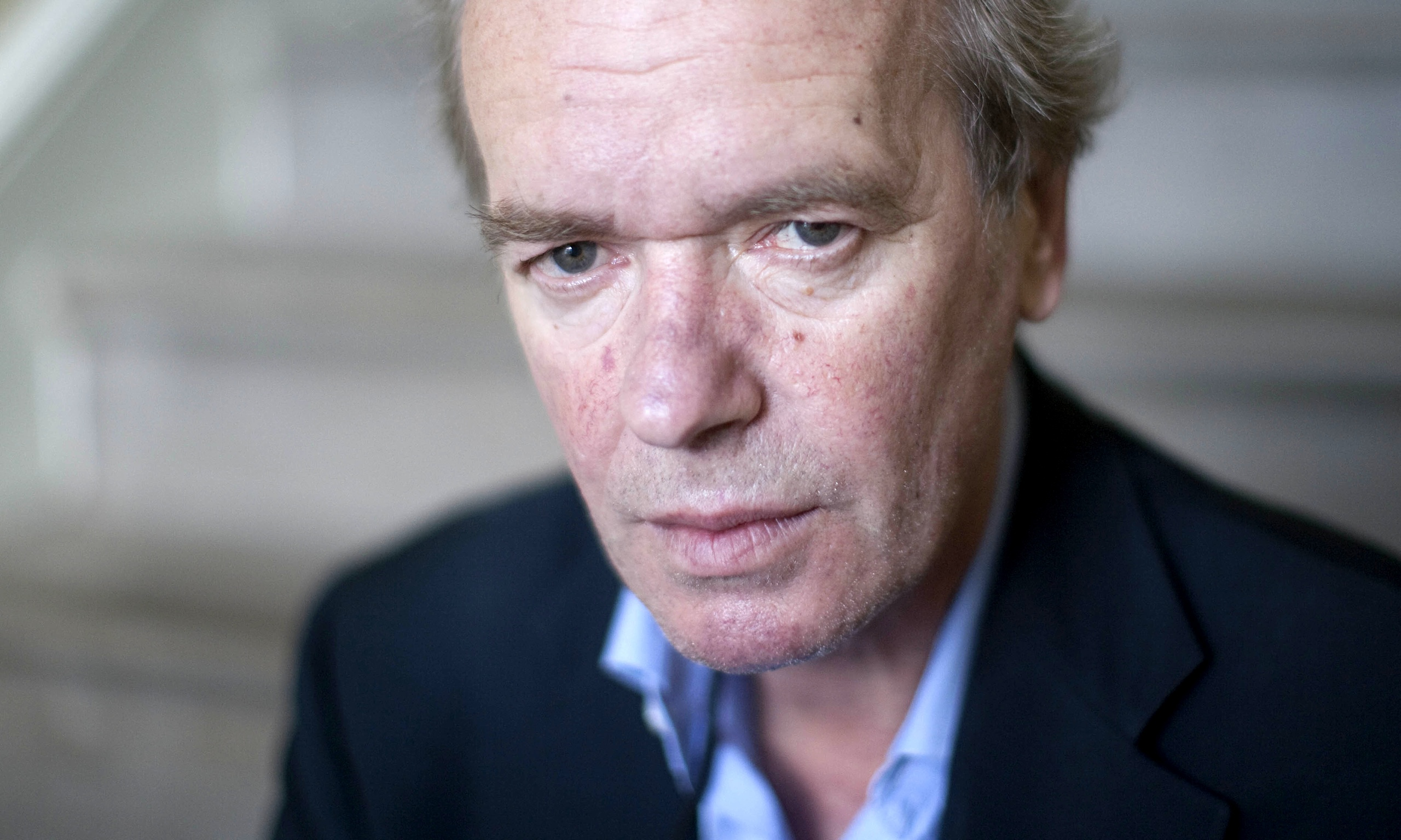 martin amis online essays When martin amis spoke to gq about his 60th birthday, he seemed defeated, noting: it all ends in dissolution and chaos and indignity and tears we can only imagine what he's thinking today, with.