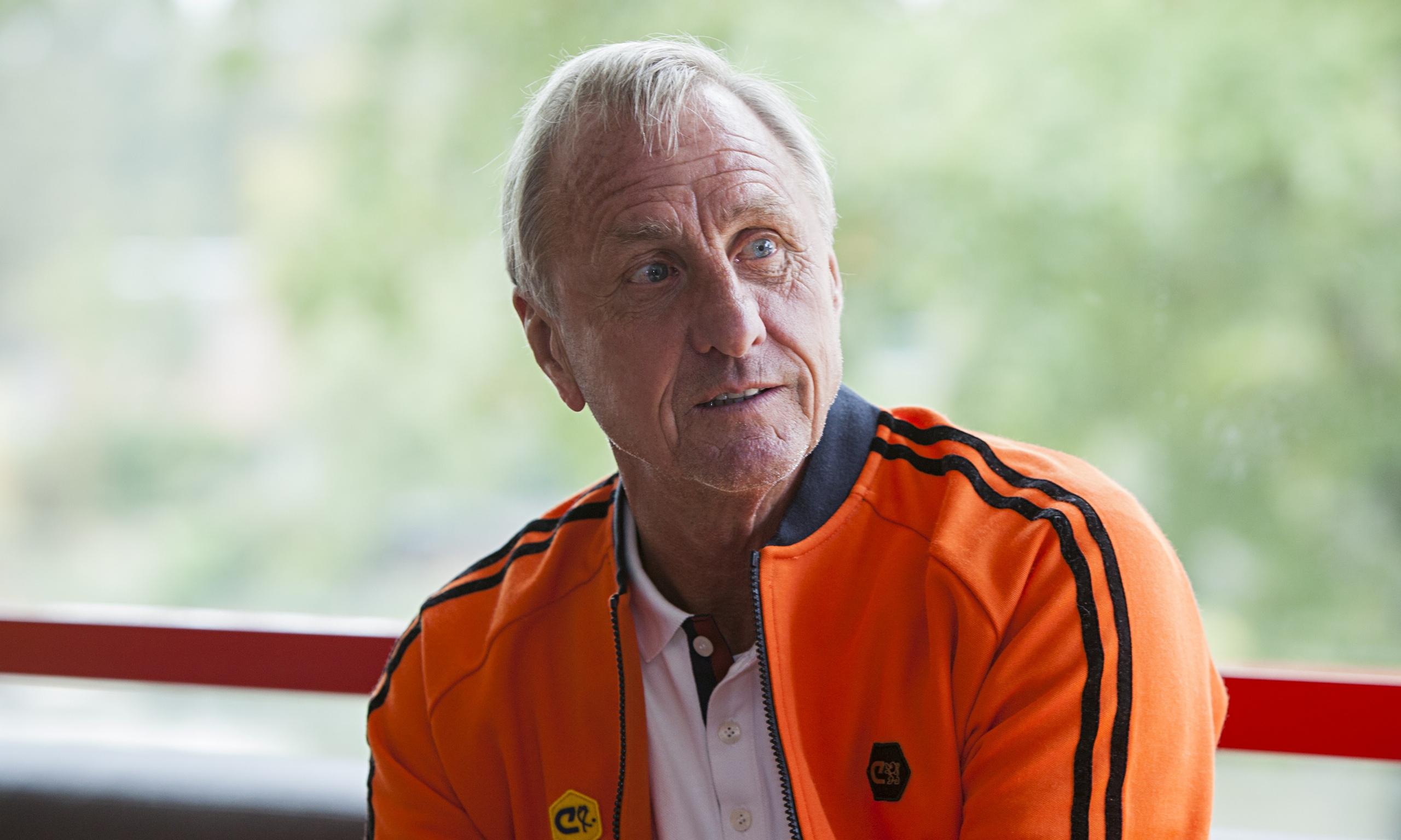 R.I.P - Topic - Page 11 Johan-Cruyff-014