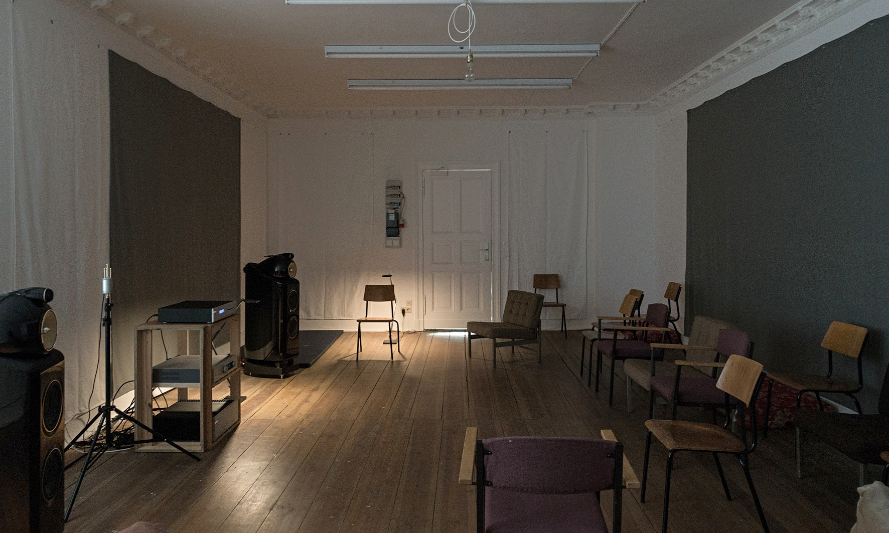 wolfgang tillmans to open music 39 playback room 39 in berlin gallery art and design the guardian. Black Bedroom Furniture Sets. Home Design Ideas