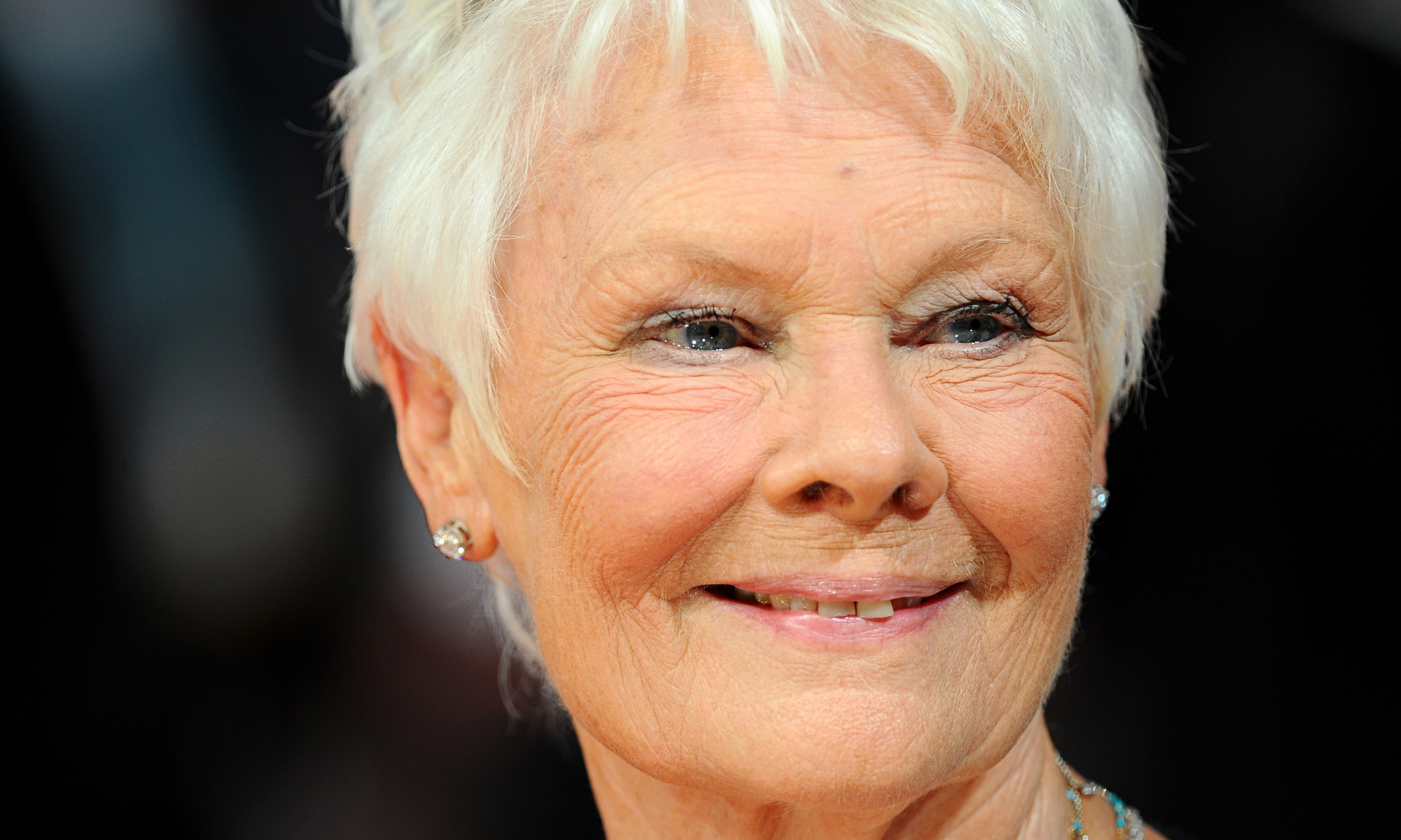 Judi Dench laments that young actors are held back by wealth divide | Stage | The Guardian