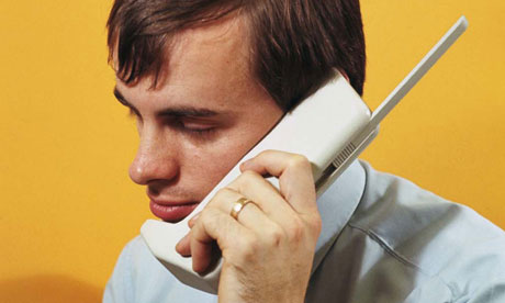 Mobile phone's 40th anniversary: from 'bricks' to clicks