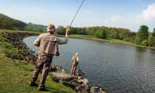 Men-fly-fishing-at-trimpl-004