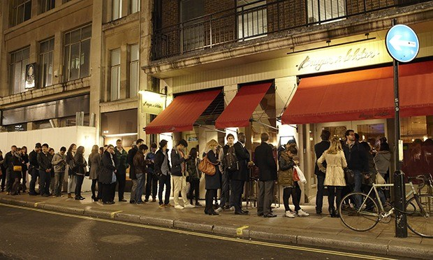 London Restaurants Refuse To Take Bookings As Diners Are