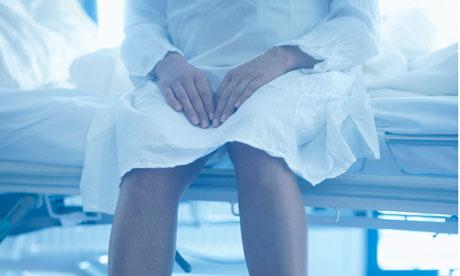 Mrzim te Woman-on-hospital-bed-008