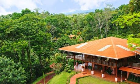 Top 10 affordable eco lodges in Costa Rica